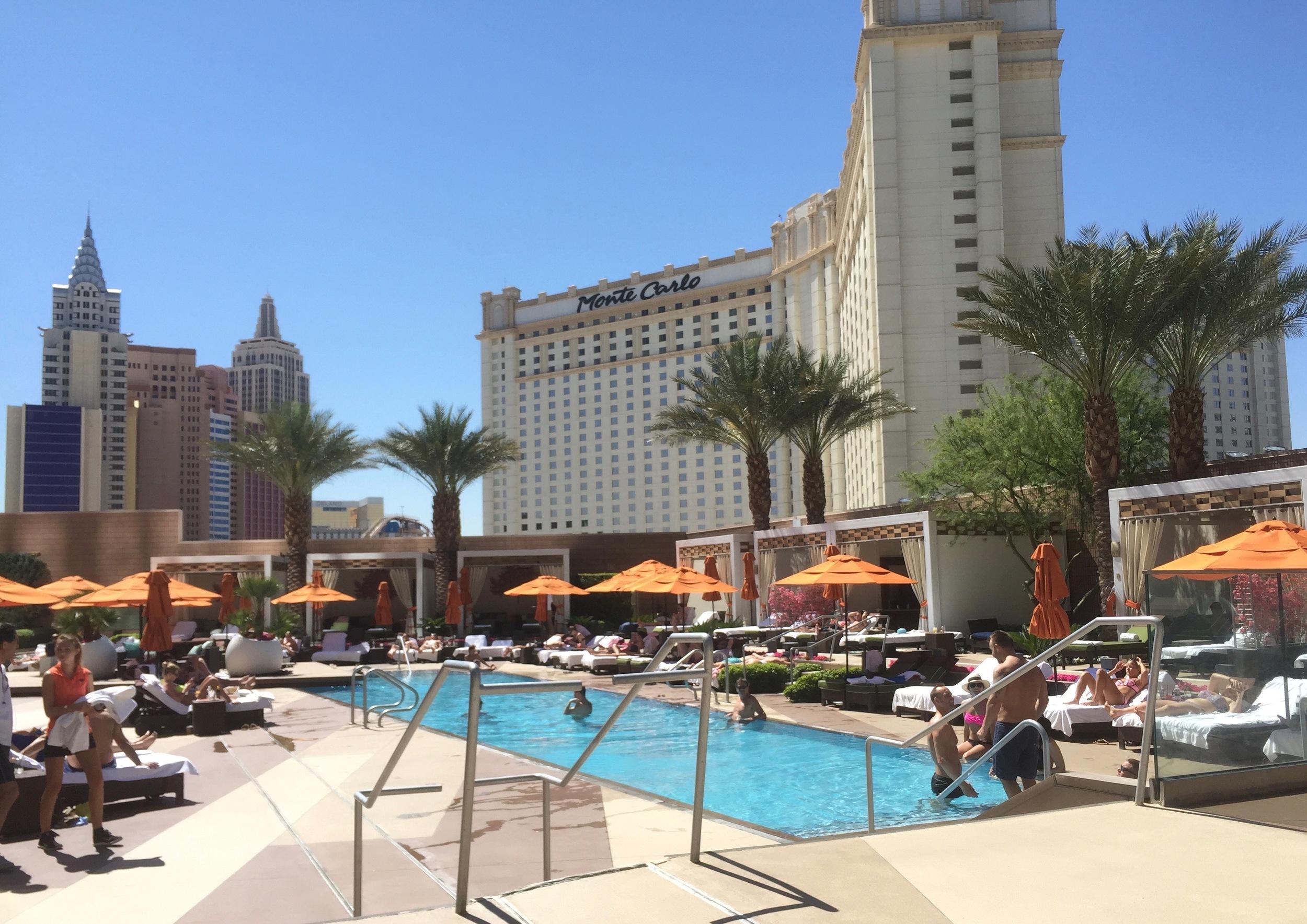 Mandarin Oriental Poolside...live a little!
