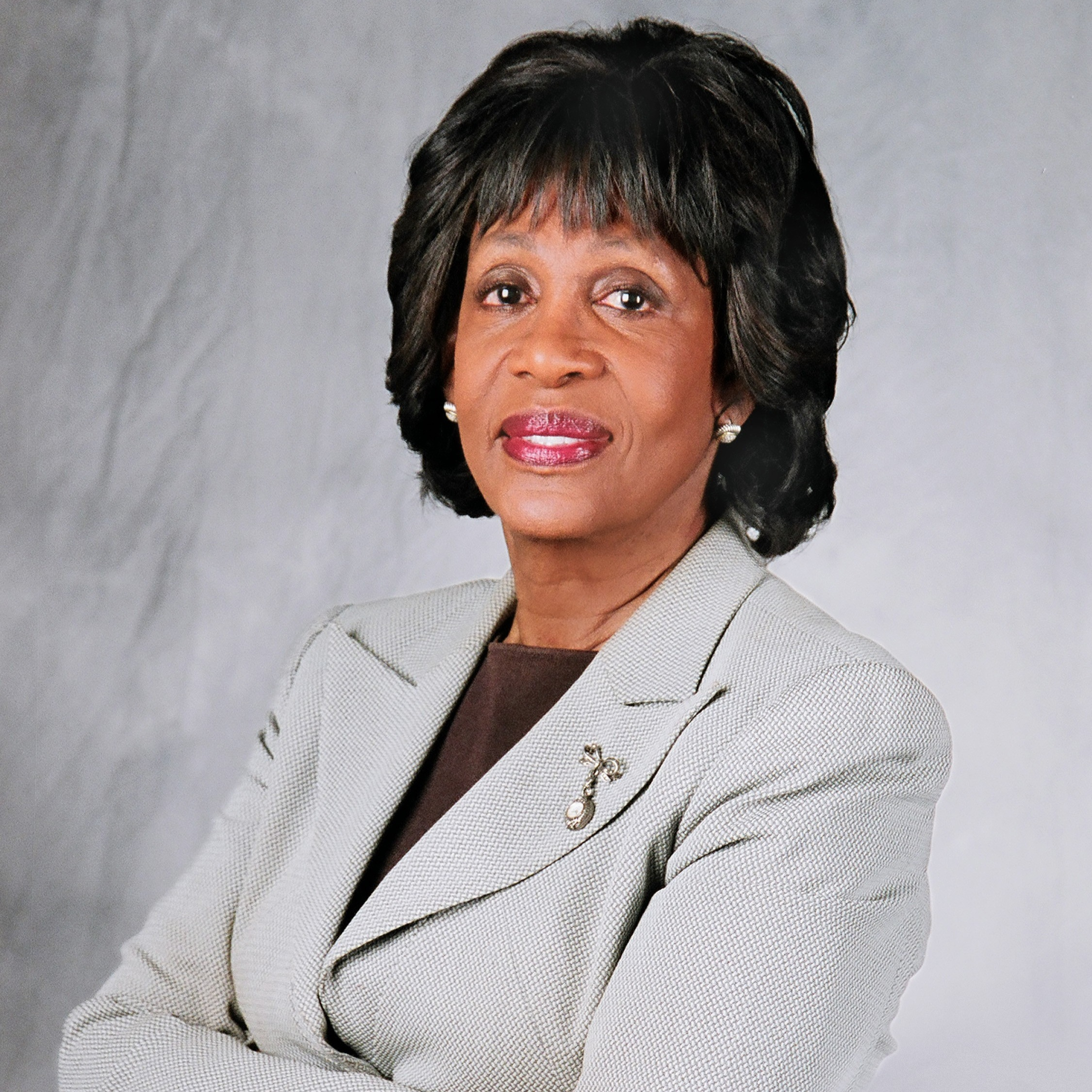 Congresswoman Maxine Waters - U.S. House of Representatives, 43rd District of CaliforniaLos Angeles Office:10124 S. Broadway, Suite 1Los Angeles, CA 90003Phone: (323) 757-8900Field Representative: Hamilton CloudHamilton.Cloud@mail.house.govhttp://www.house.gov/waters