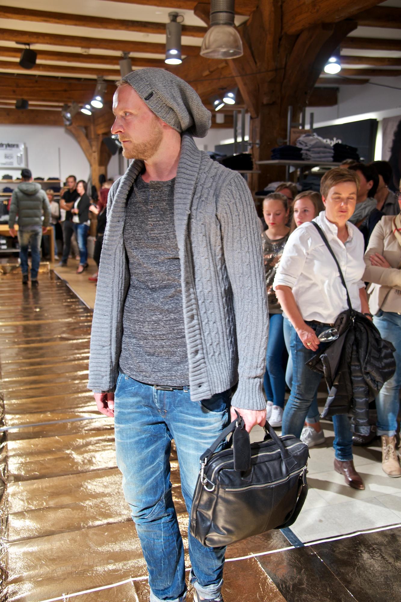 KW_140917_Fashionshow_web_035.jpg