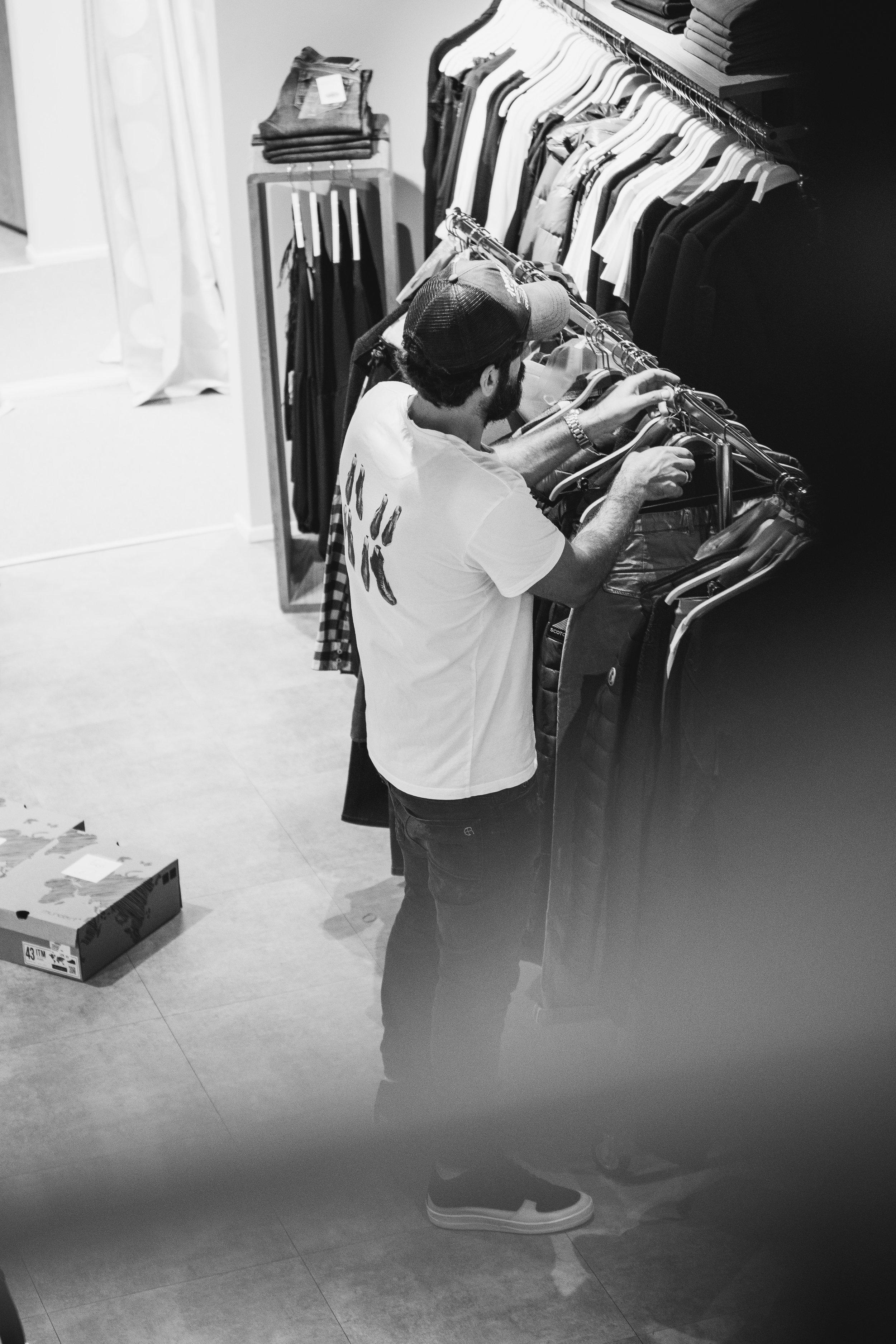 Fashionshowbackstage_39.jpg