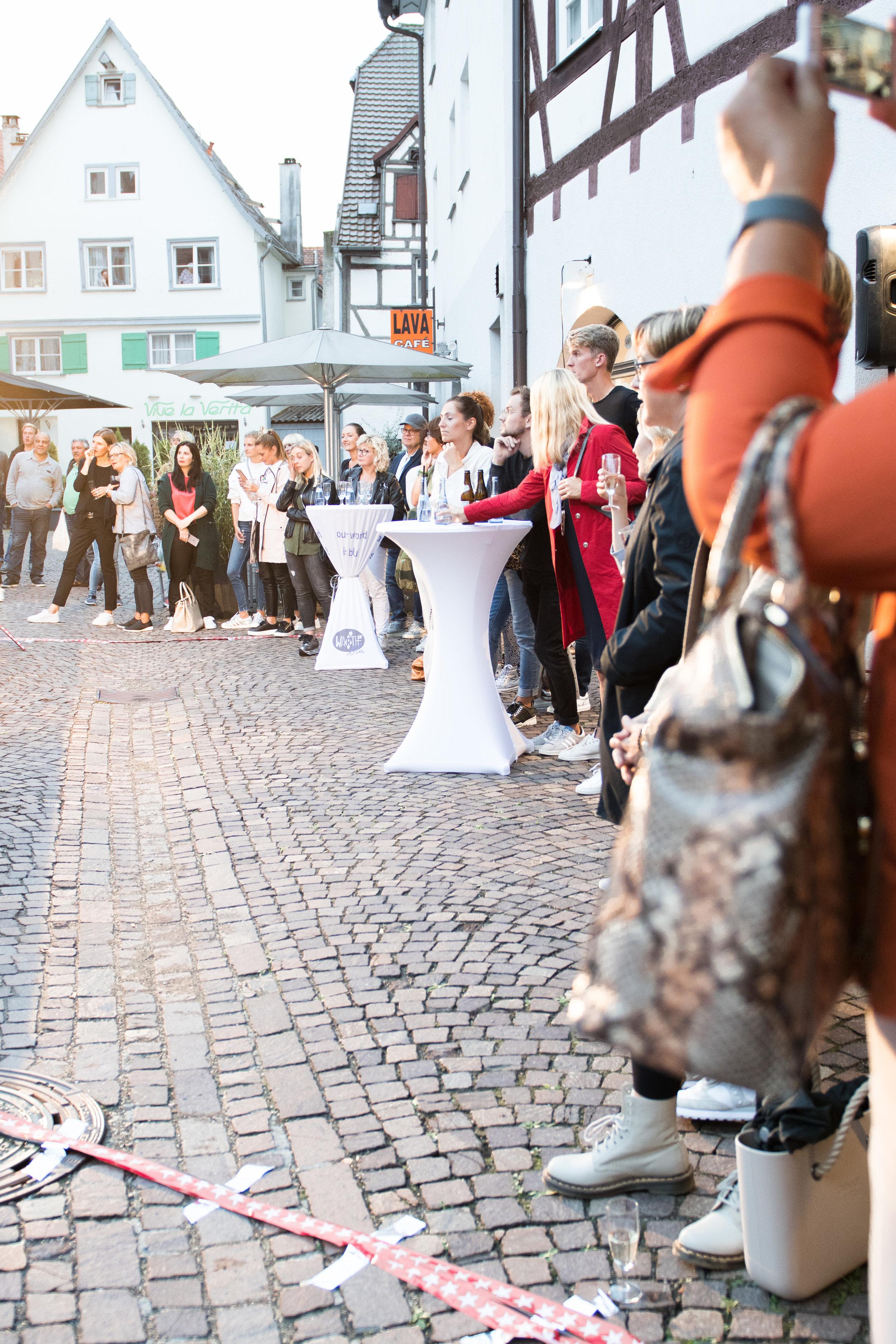 Fashionshowbackstage_50.jpg