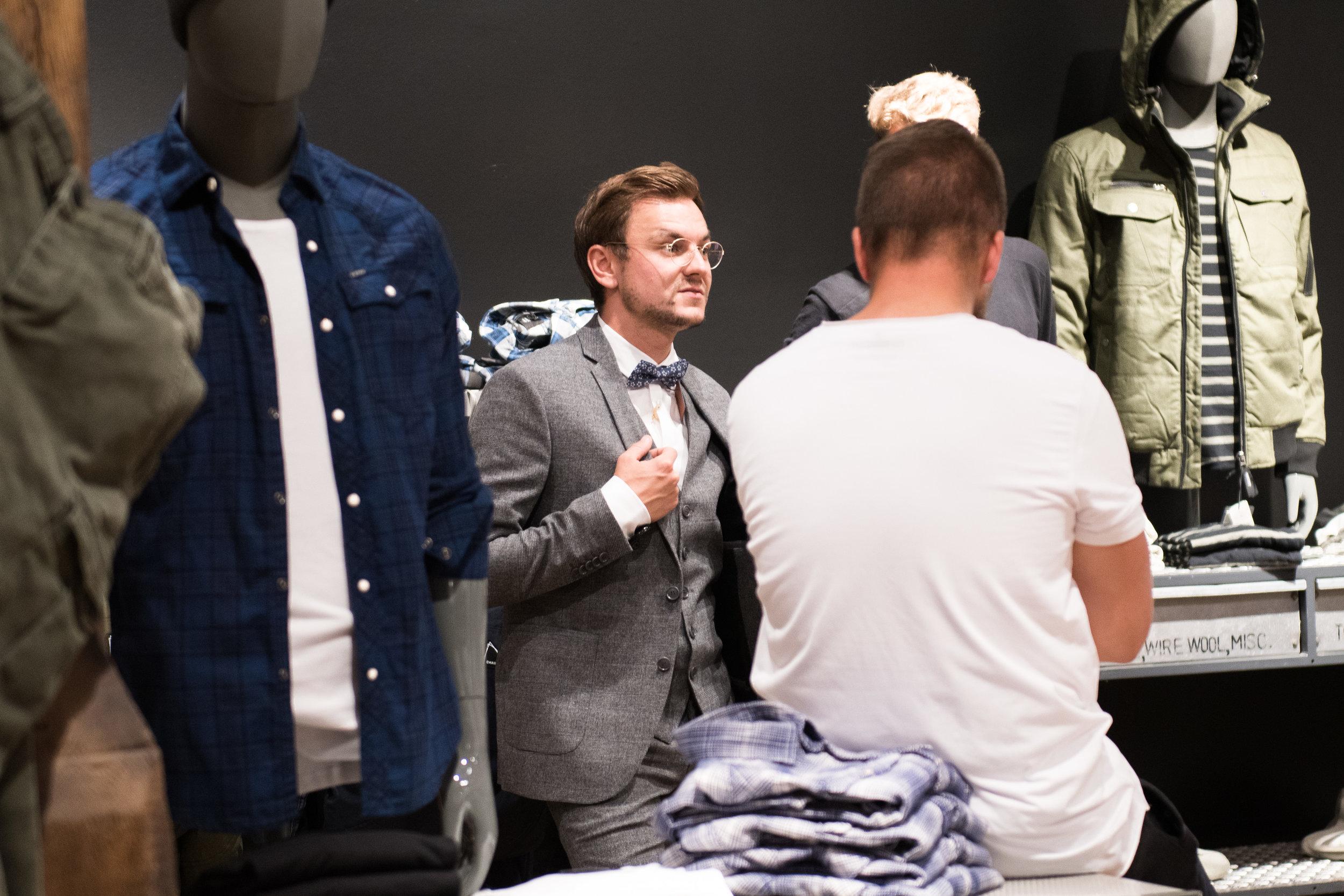Fashionshowbackstage_117.jpg