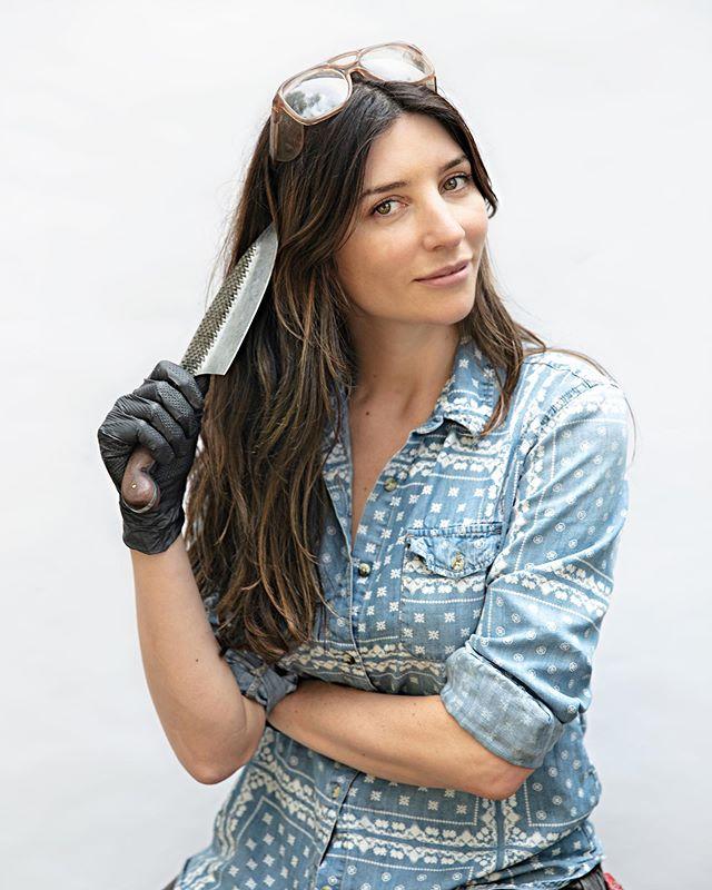Instagram Chelsea Miller Knives