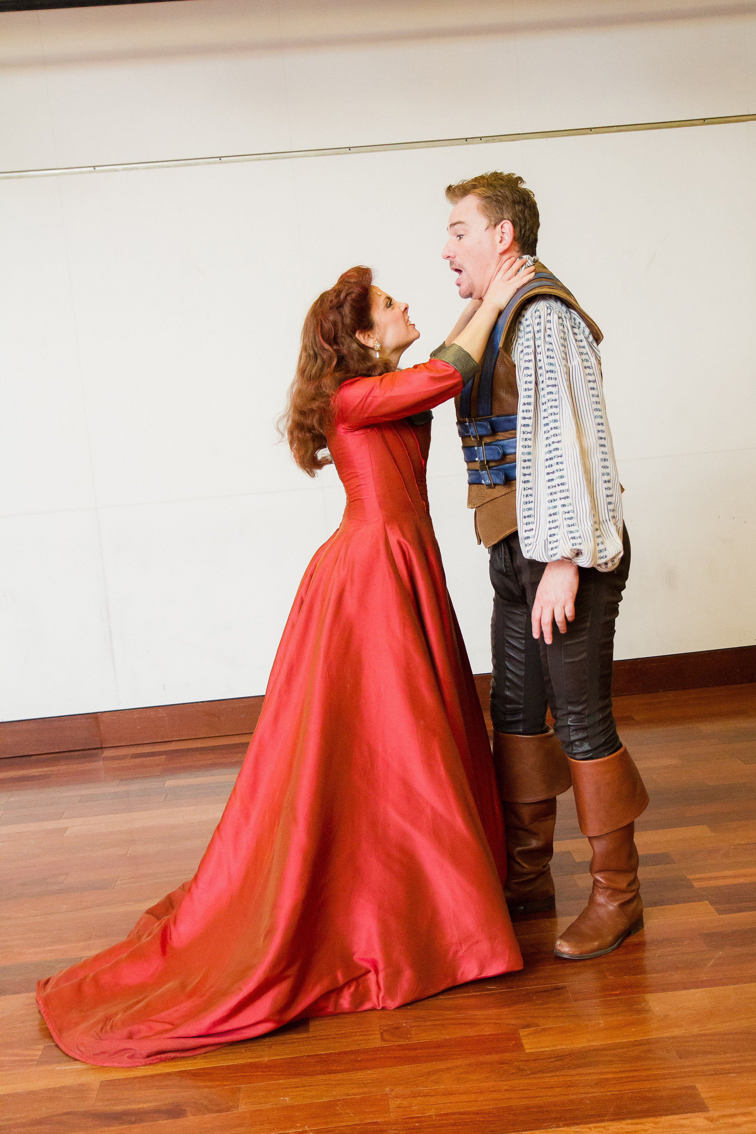 Susan Derry as Lilli Vanessi with Douglas Sills as Fred Graham in Kiss me, Kate! at the Shakespeare Theatre