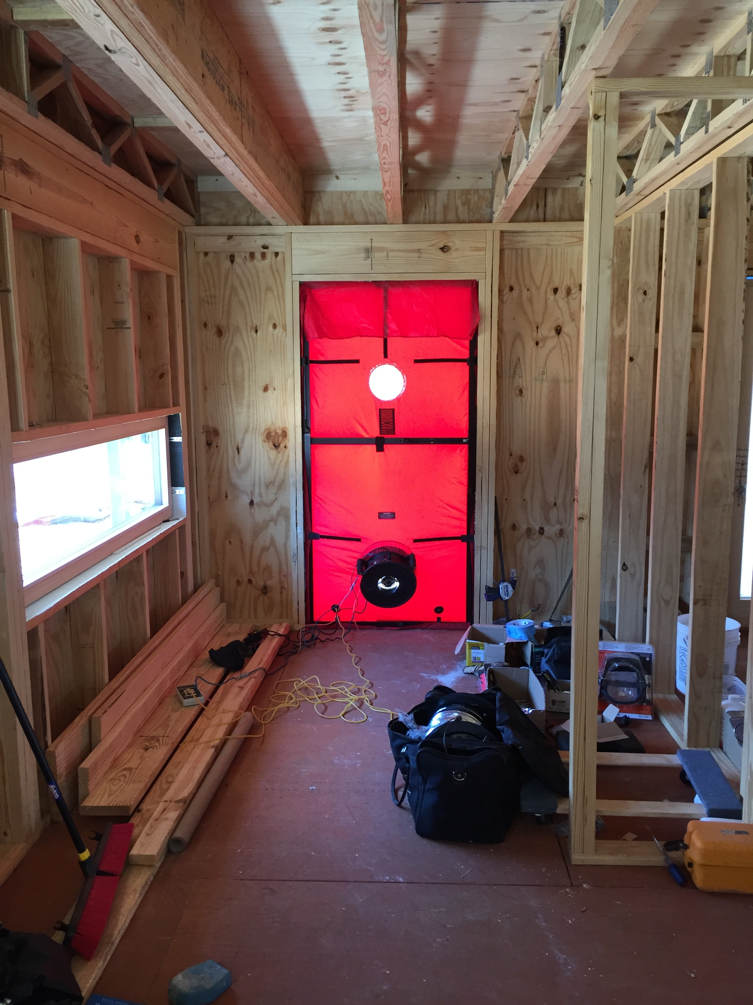 Blower Door Test in Batesville. Image: Daniel Ernst, Promethean Homes