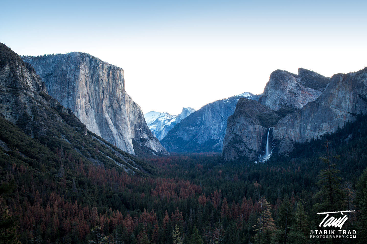 Gates of the Valley, with El Capitan on the left, Half Dome in the center, and Bridalveil Fall to the right. Click to view larger image.