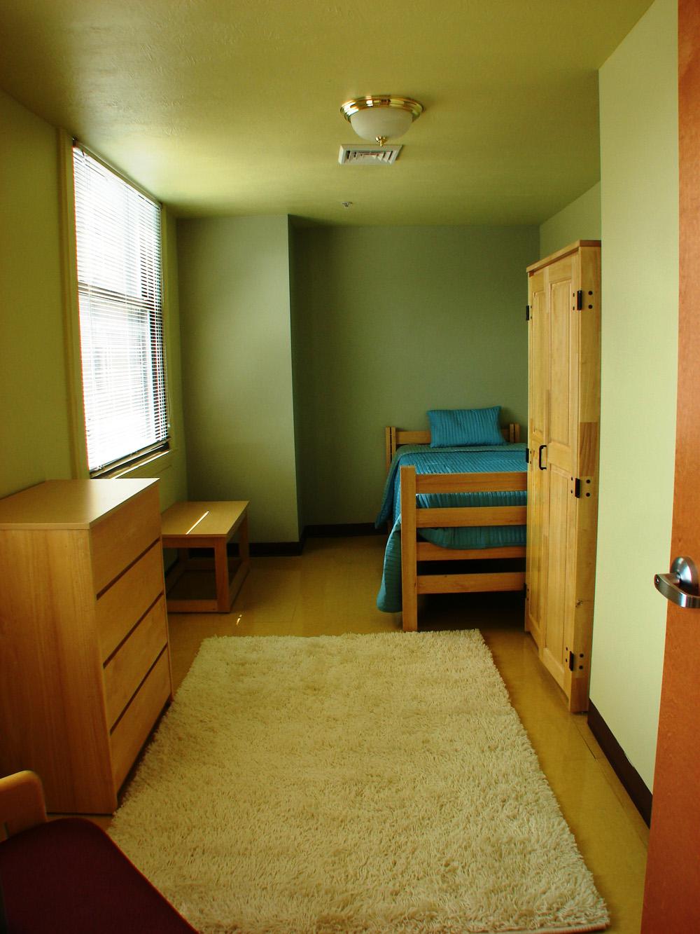 bedroomstudent.JPG