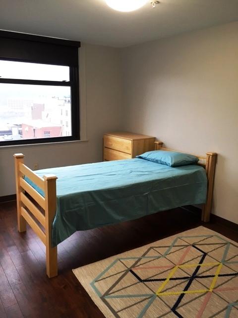 9B2 bed CL.jpg