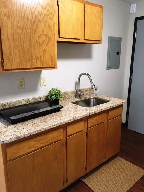 9B2 Kitchen 2.jpg