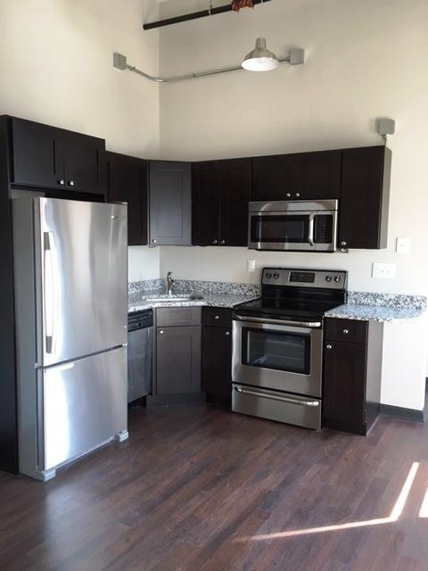 11A kitchen.jpg