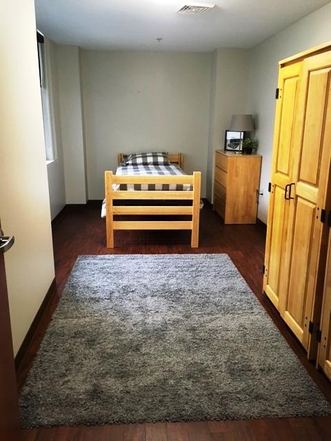 c unit furnished guest bed CL.jpg