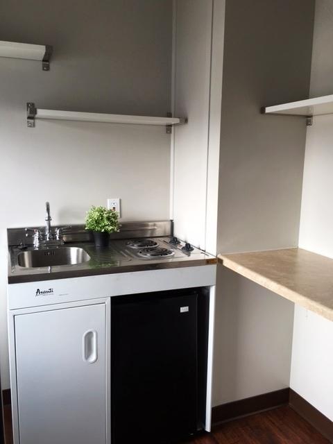 Eff kitchenette 1 CL.jpg