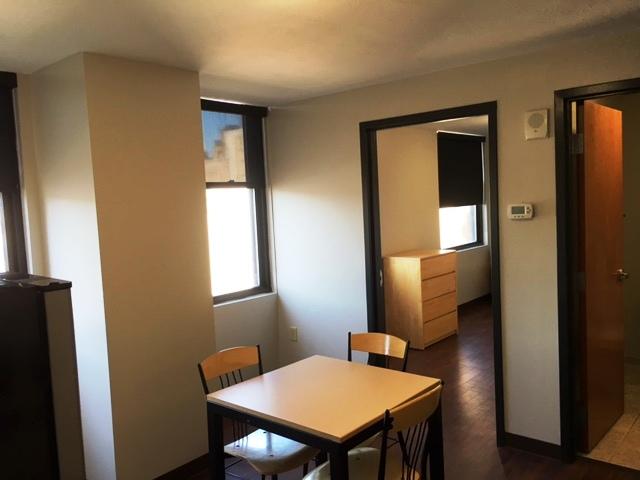 SLB one bed kitchen 2.jpg