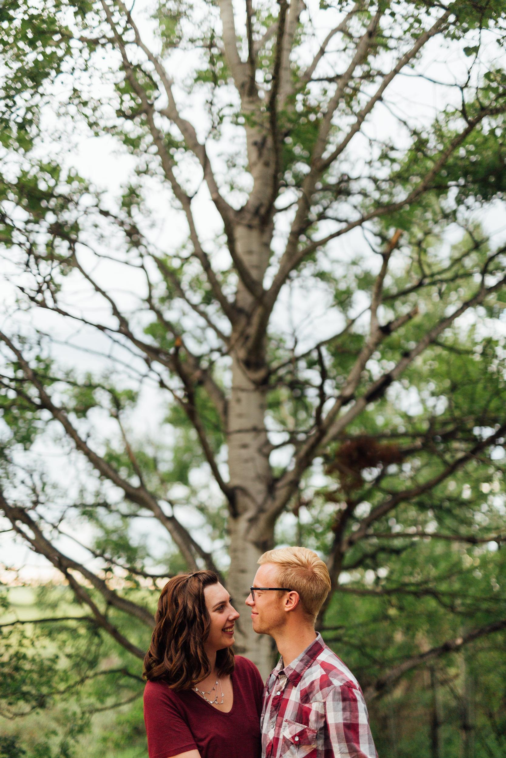Calgary-wedding-photographers-photos-banff-engagement-5.jpg