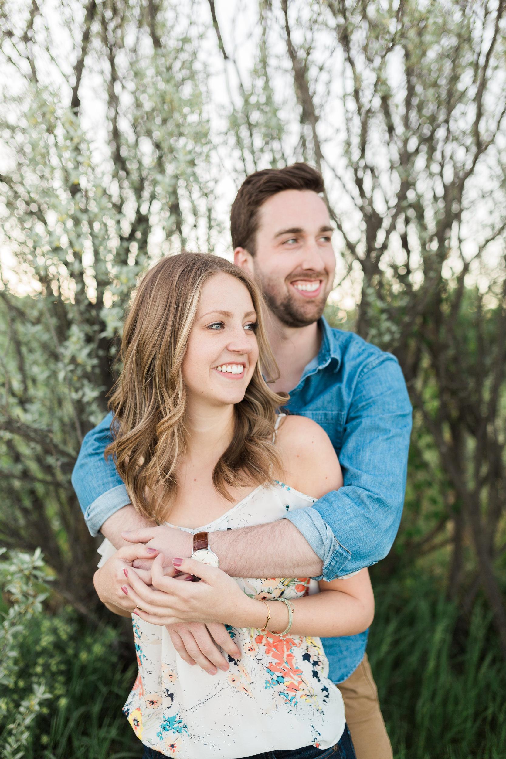 Calgary-wedding-photographers-photos-banff-engagement-16.jpg