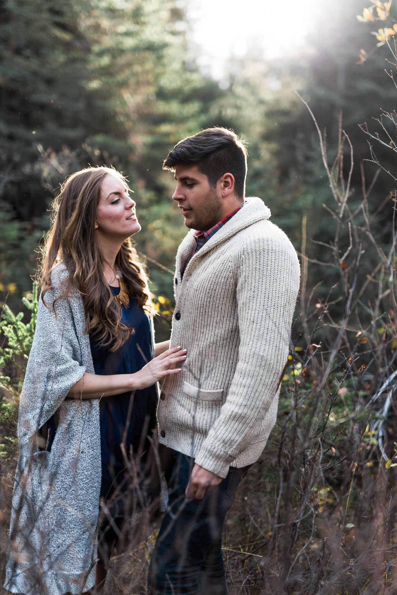 Calgary-wedding-photographers-photos-banff-engagement-1.jpg