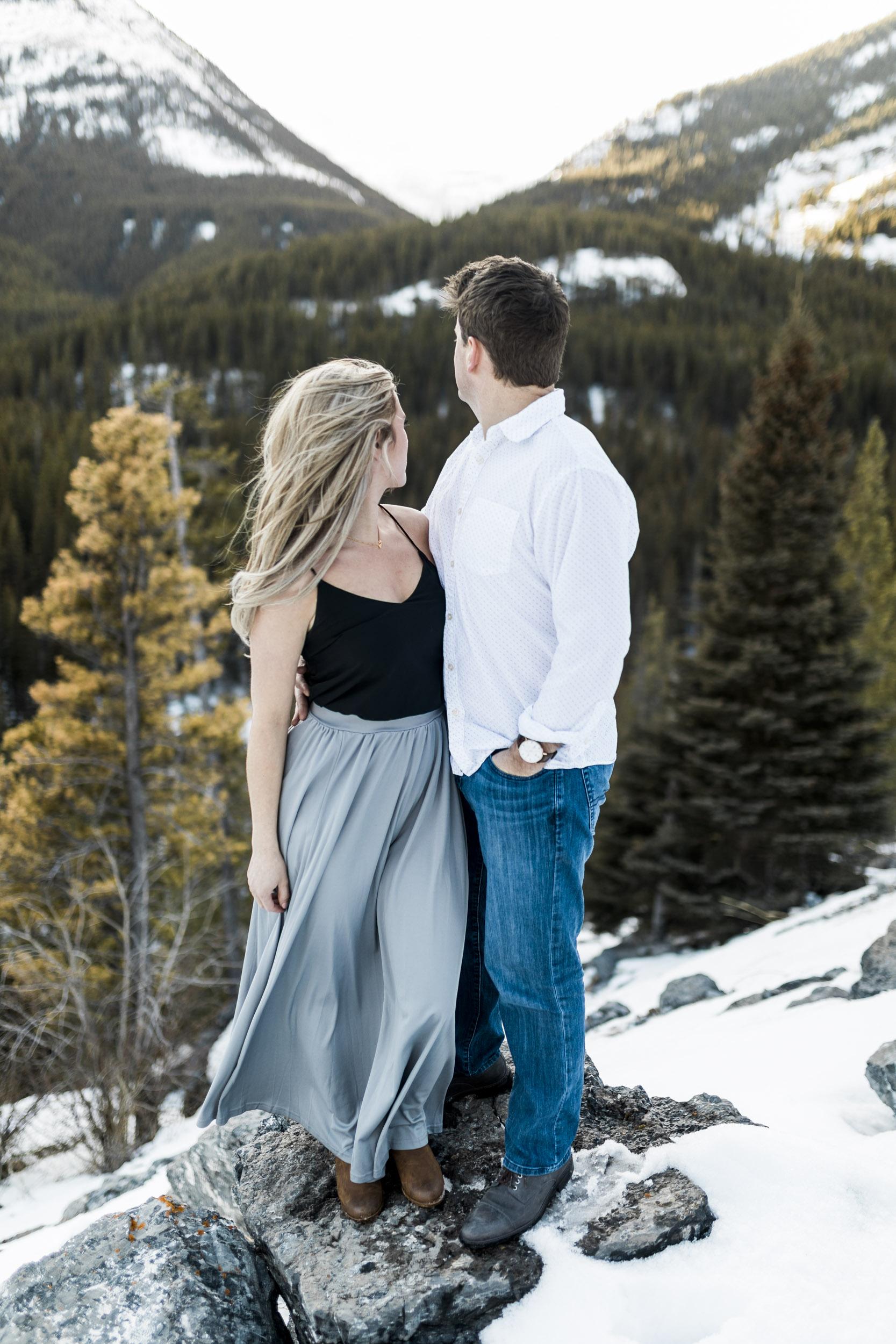 Calgary-wedding-photographers-photos-banff-37.jpg