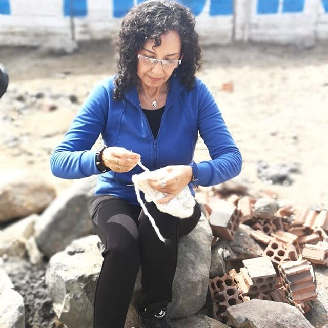 #Knitting and some vitamin D. Around 70% of what we produce is #handmade 👏🏽 We invest in #women, we believe in #slowfashion. 💚 . . . . #madeinperu #ethicalfashion #sustainablefashion #Lima #Peru