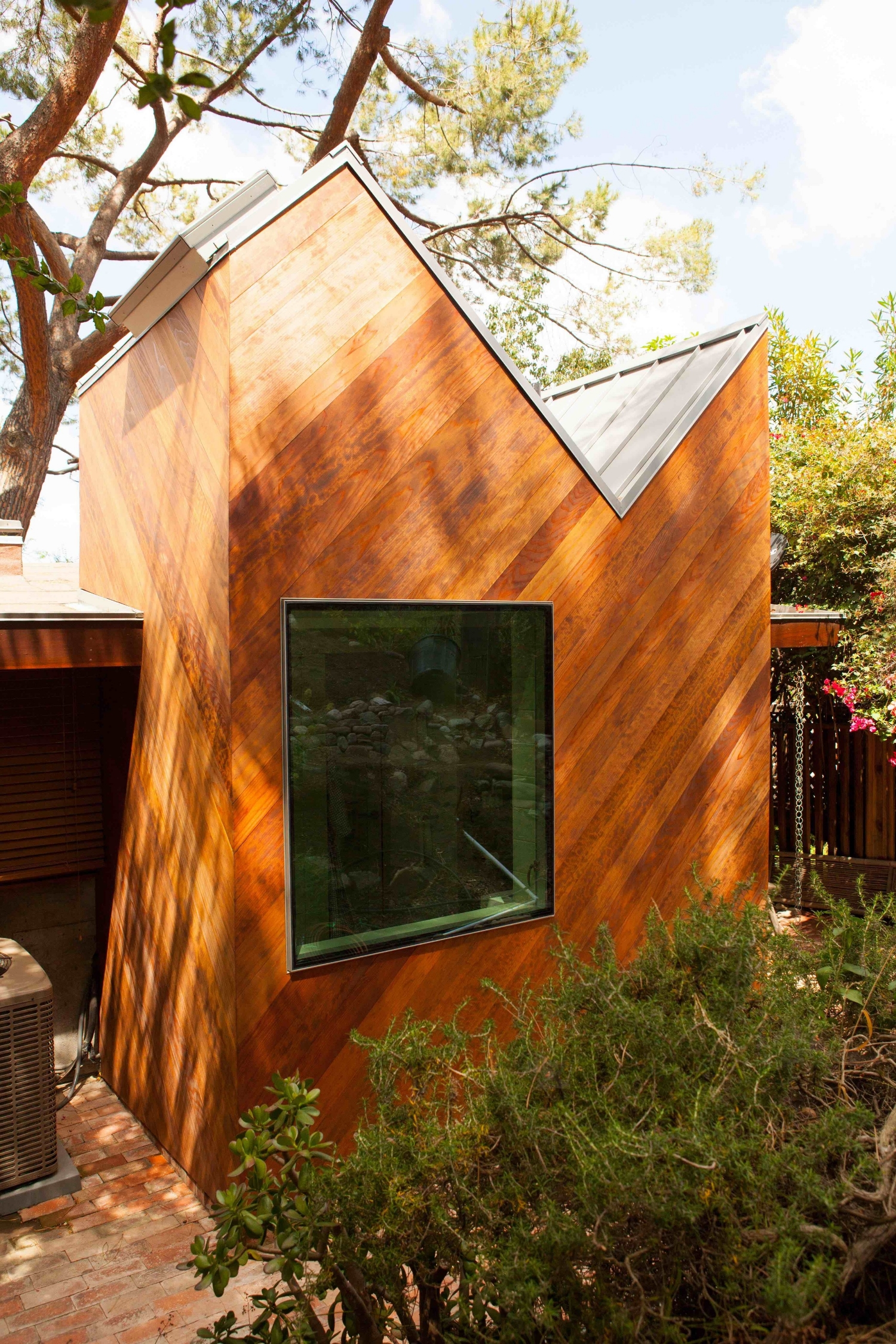 Galvalume standing seam metal roof. If I had my druthers all roofs would be metal roofs.