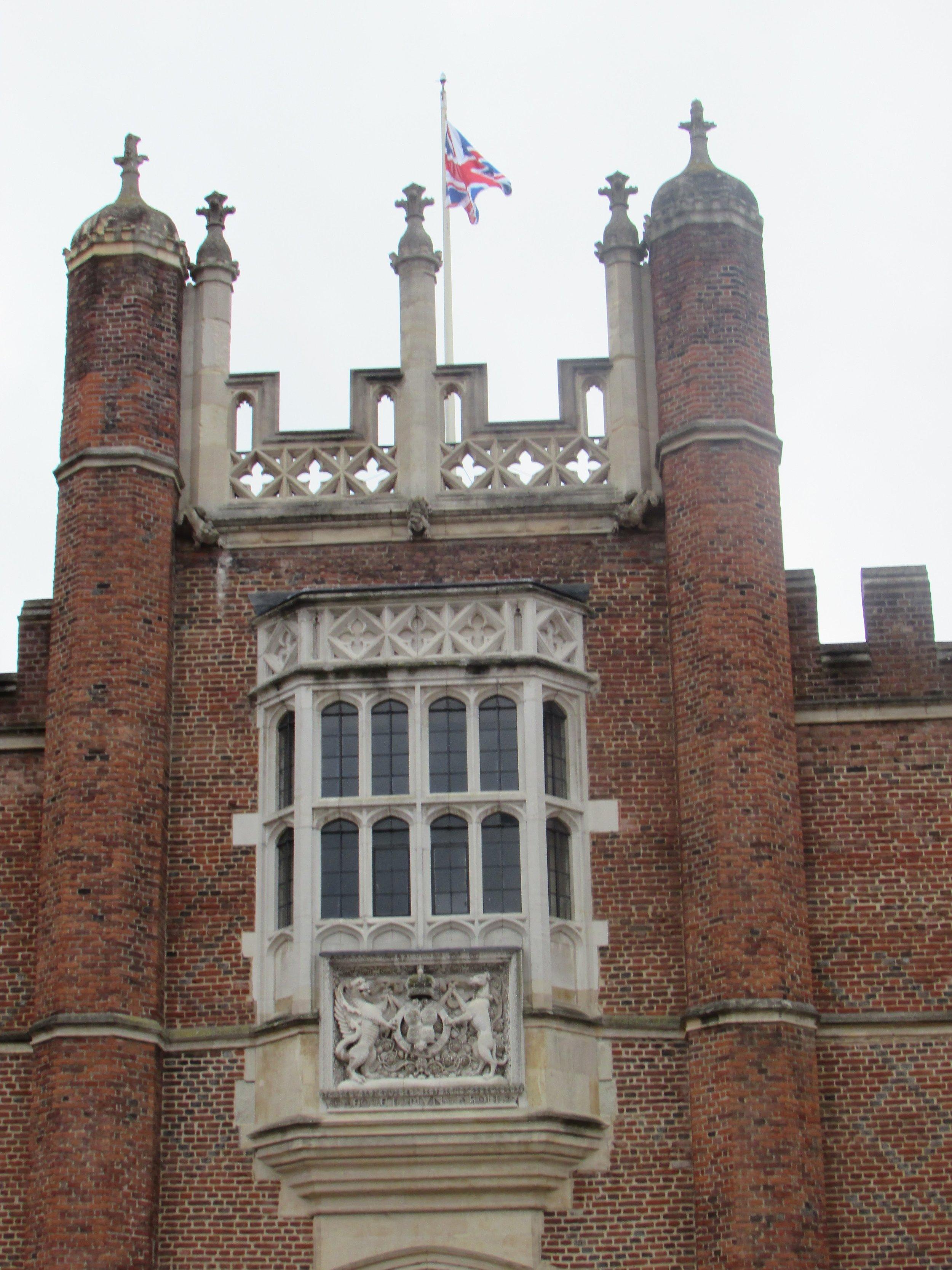 Hampton Court 5.jpg