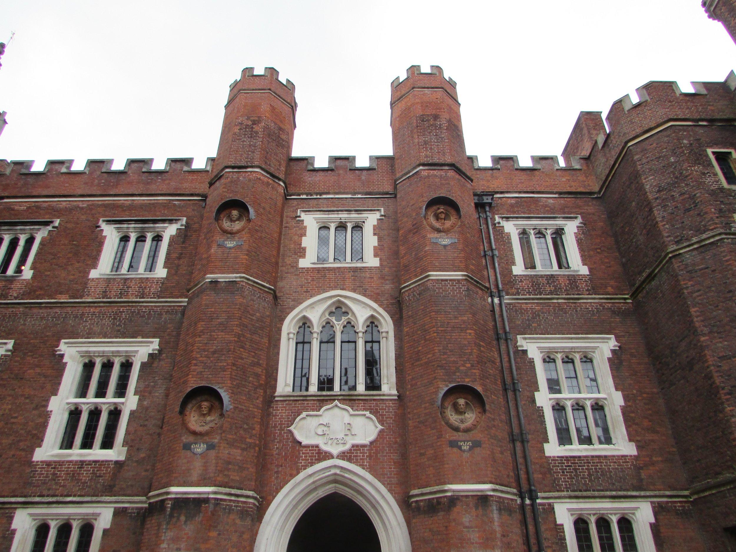 Hampton Court 3.jpg