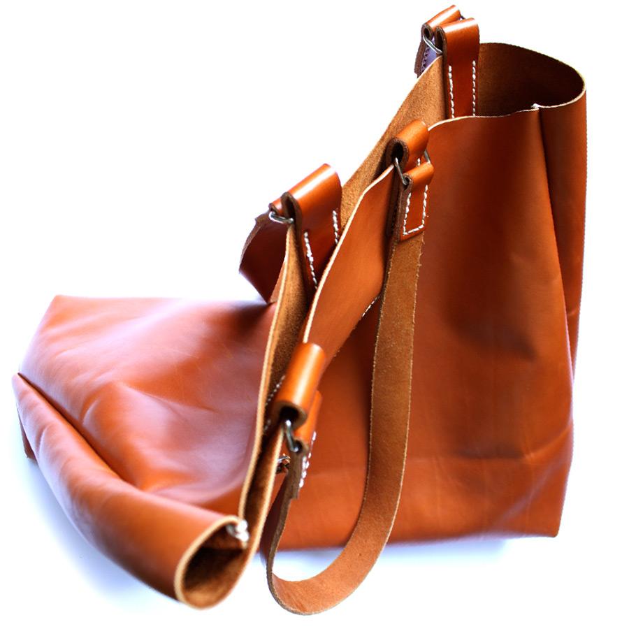 Mens-tote-bag-03.jpg