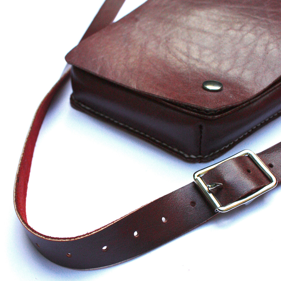 Hairdressers-pouch-03.jpg