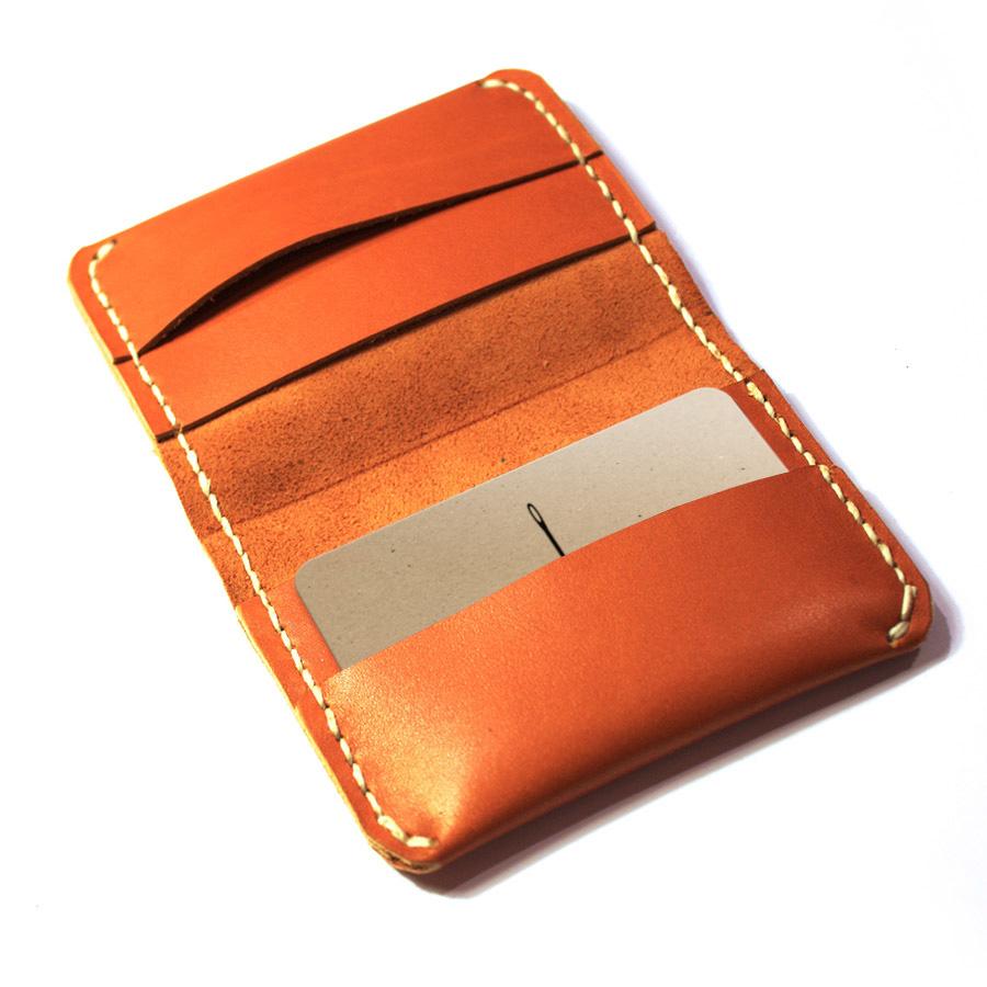 Bi-fold-card-wallet-08.jpg