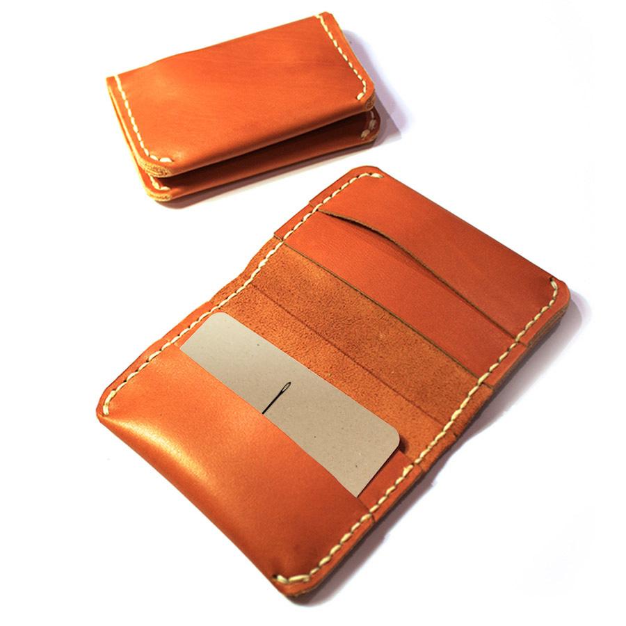 Bi-fold-card-wallet-05.jpg
