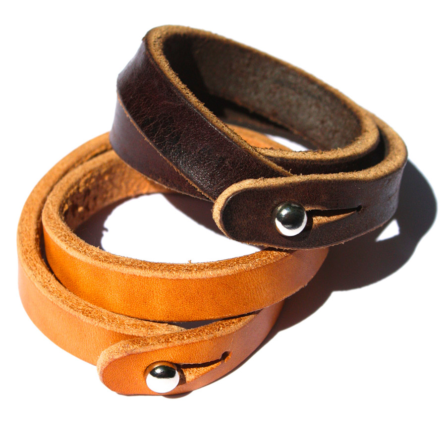 Double-loop-bracelet-01.jpg