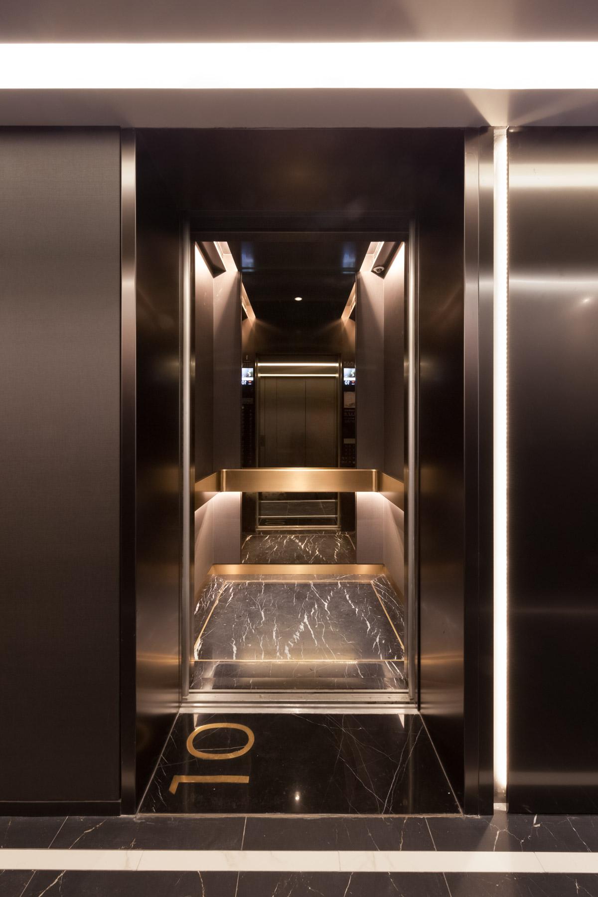 Luna_JM03_Lift Anahita Chouhan Architect Interior designer.jpg