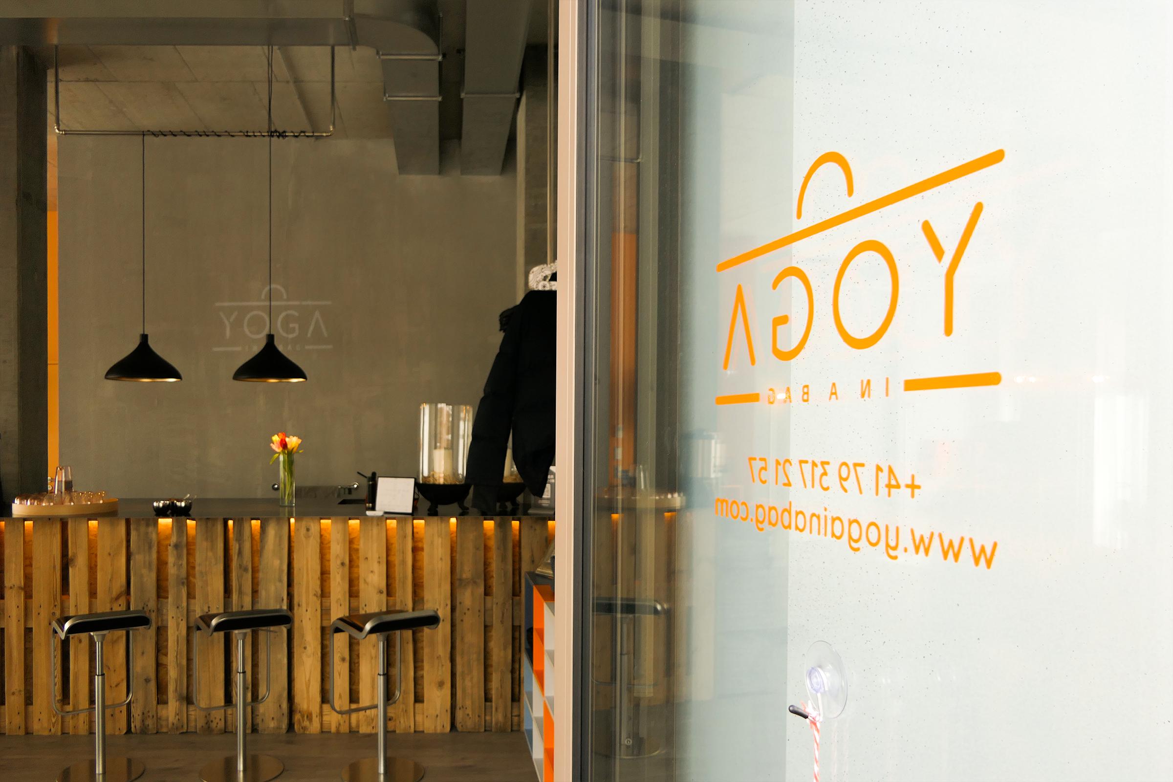 Yoga in a Bag – Corporate Design