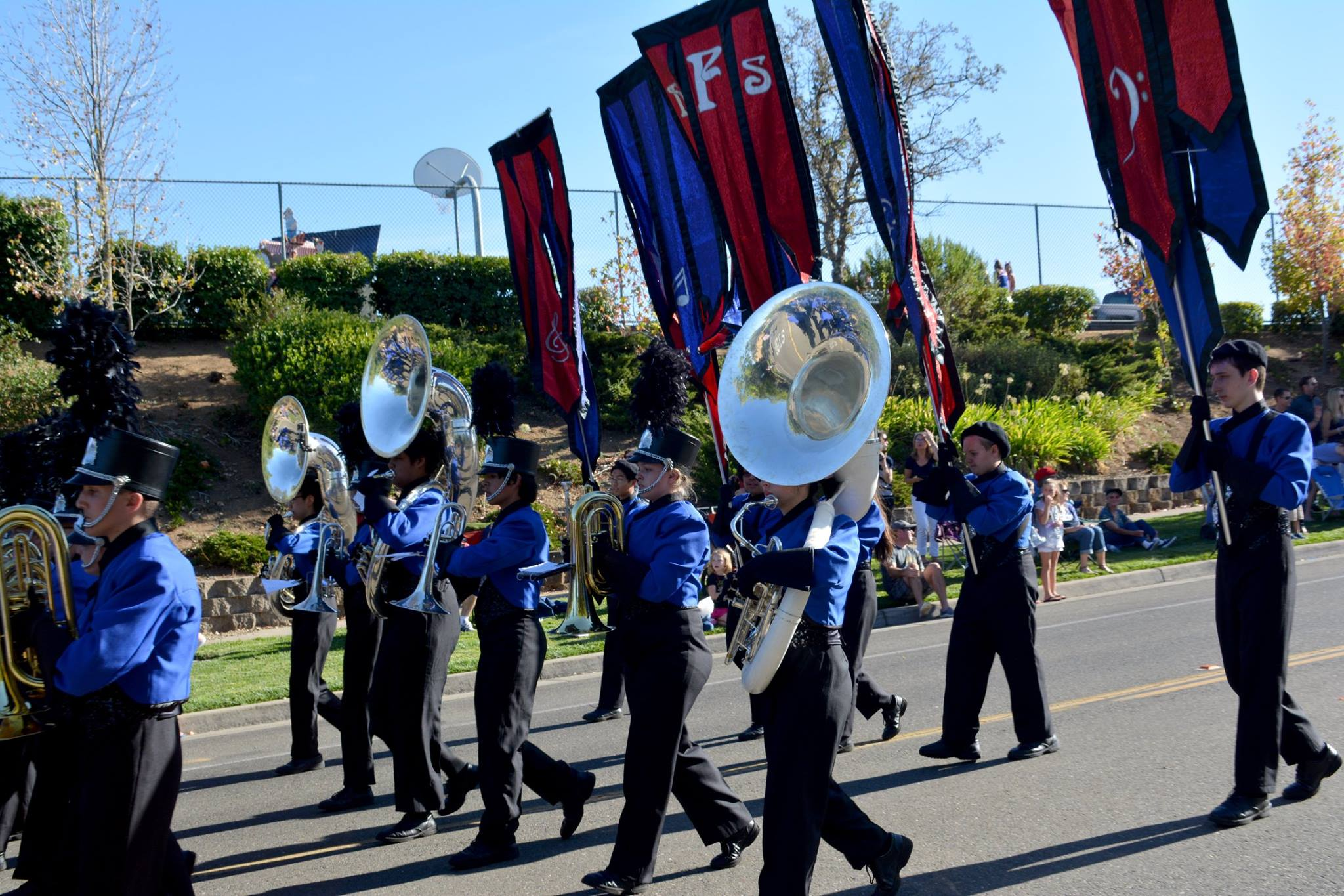 MB homecoming parade 2016.tubas.jpg