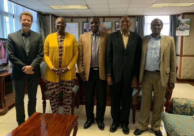 Mr. Ruud Jansen (left) and Ms. Betty Maina (Second left) and other senior Ministry officials during the meeting in Nairobi, Kenya. ©PHOTO CREDITS: MINISTRY OF ENVIRONMENT & FORESTRY, REPUBLIC OF KENYA