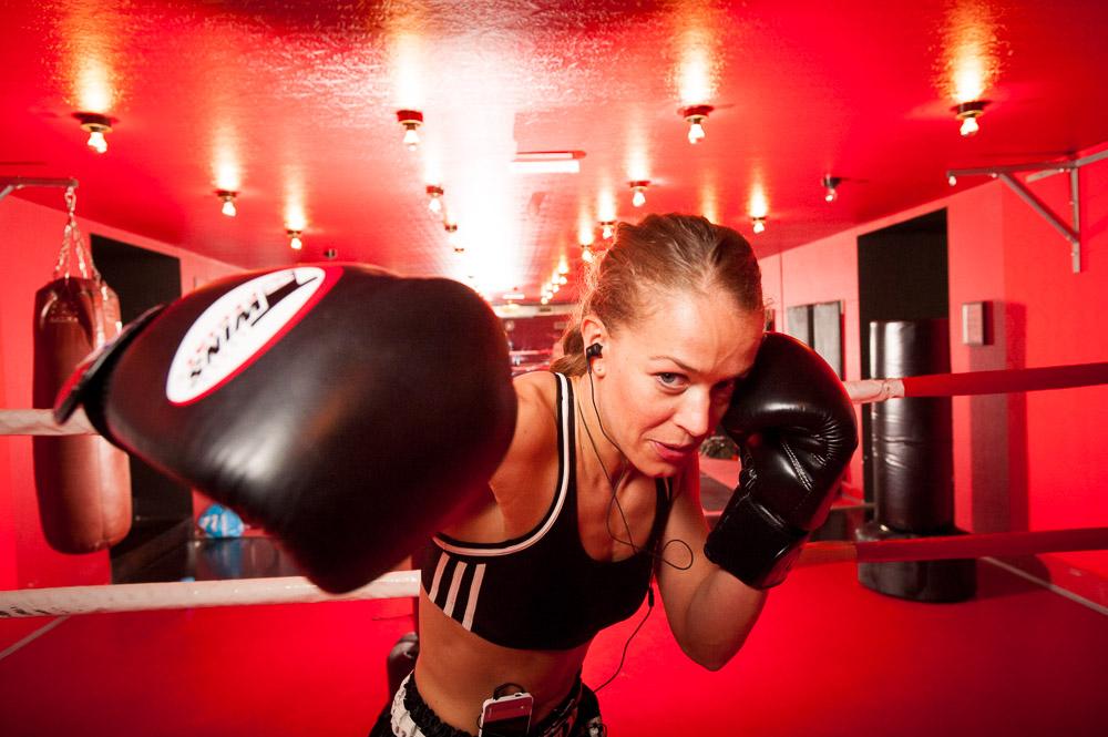 Portretfotografie Vrouw aan het boxen