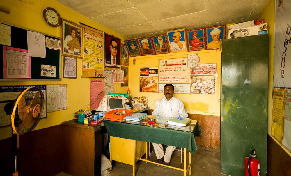 Hoofd van een school in India
