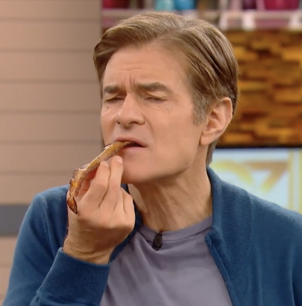 Dr. Oz enjoys a taste of Naked Bacon!