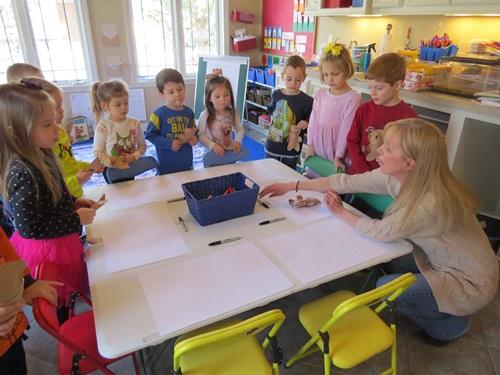 by   DEBORAH J. STEWART, M.ED.   Originally posted on Teachpreschool.org