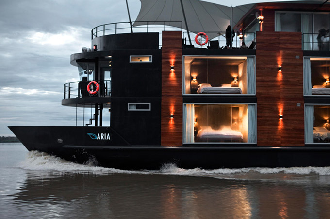 A-Floating-Hotel-Ship-on-the-Amazon_1.jpg