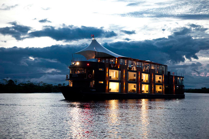 A-Floating-Hotel-Ship-on-the-Amazon-2.jpg
