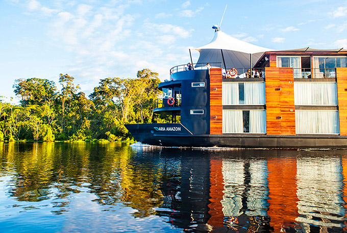 A-Floating-Hotel-Ship-on-the-Amazon-4.jpg
