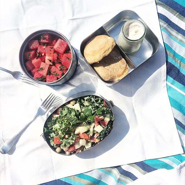 """More #nyc heat, more cooling and refueling time by the #ocean, more #beachside #picnics, and quite happy about that! 😊 And this time with kiddo too ☺️ This #picnic was also fully #plantbased: #marketfresh and chickpea #salad with lemon tahini dressing, #homemade English muffins with also homemade #dairyfree """"cream cheese"""" (the muffins are still a little work in progress but getting there, and grateful for that inspo too :)), and watermelon with lime and mint. Kiddo approved 😉, and #meatlessmonday friendly (and #wastefree to boot!). 🌱🥗🍉🥯🌊🏖 #happyday"""
