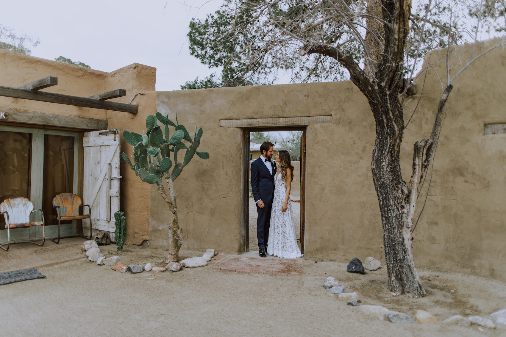 29-Palms-Inn-Joshua-Tree-Jewish-Wedding-H+M-21.jpg