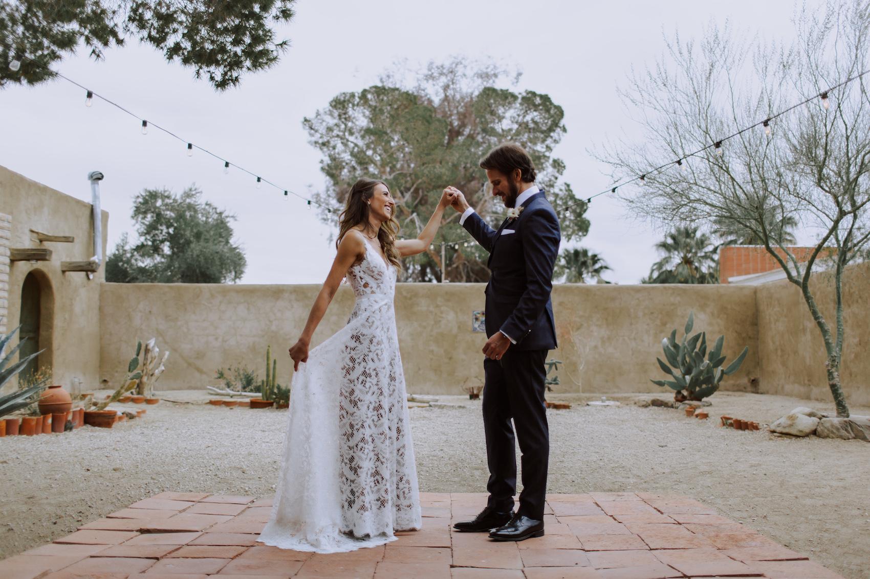 29-Palms-Inn-Joshua-Tree-Jewish-Wedding-H+M-23.jpg