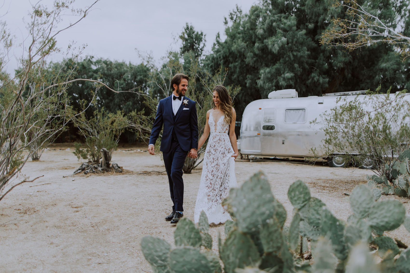 29-Palms-Inn-Joshua-Tree-Jewish-Wedding-H+M-27.jpg