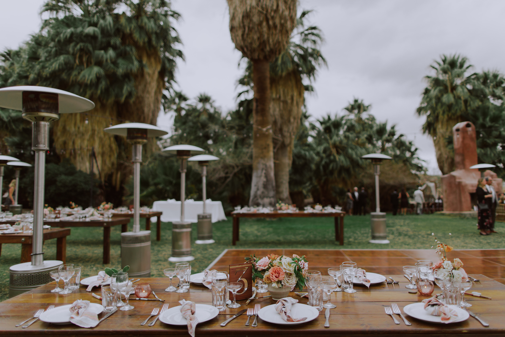 29-Palms-Inn-Joshua-Tree-Jewish-Wedding-H+M-36.jpg