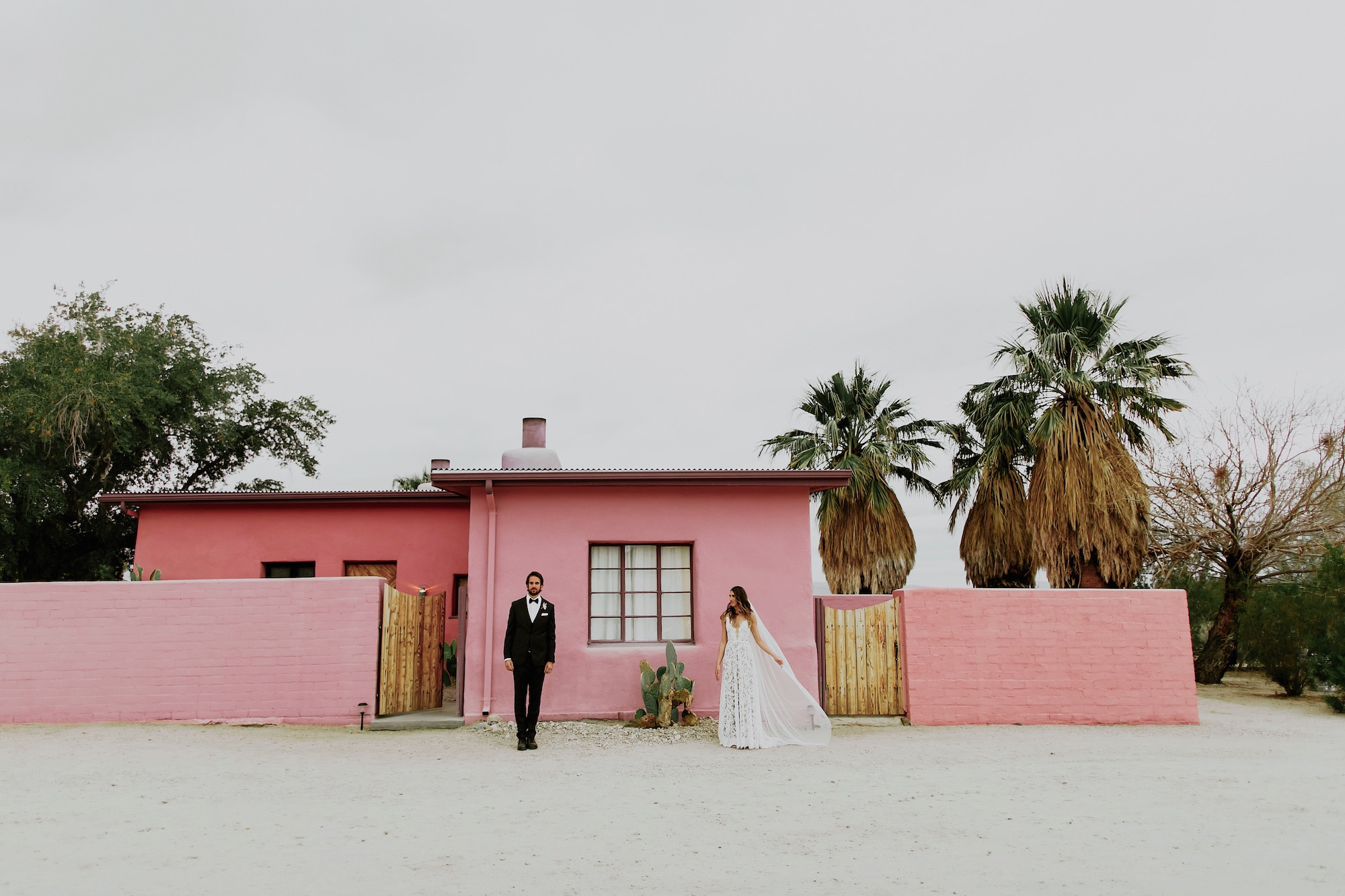 29-Palms-Inn-Joshua-Tree-Jewish-Wedding-H+M-48.JPG
