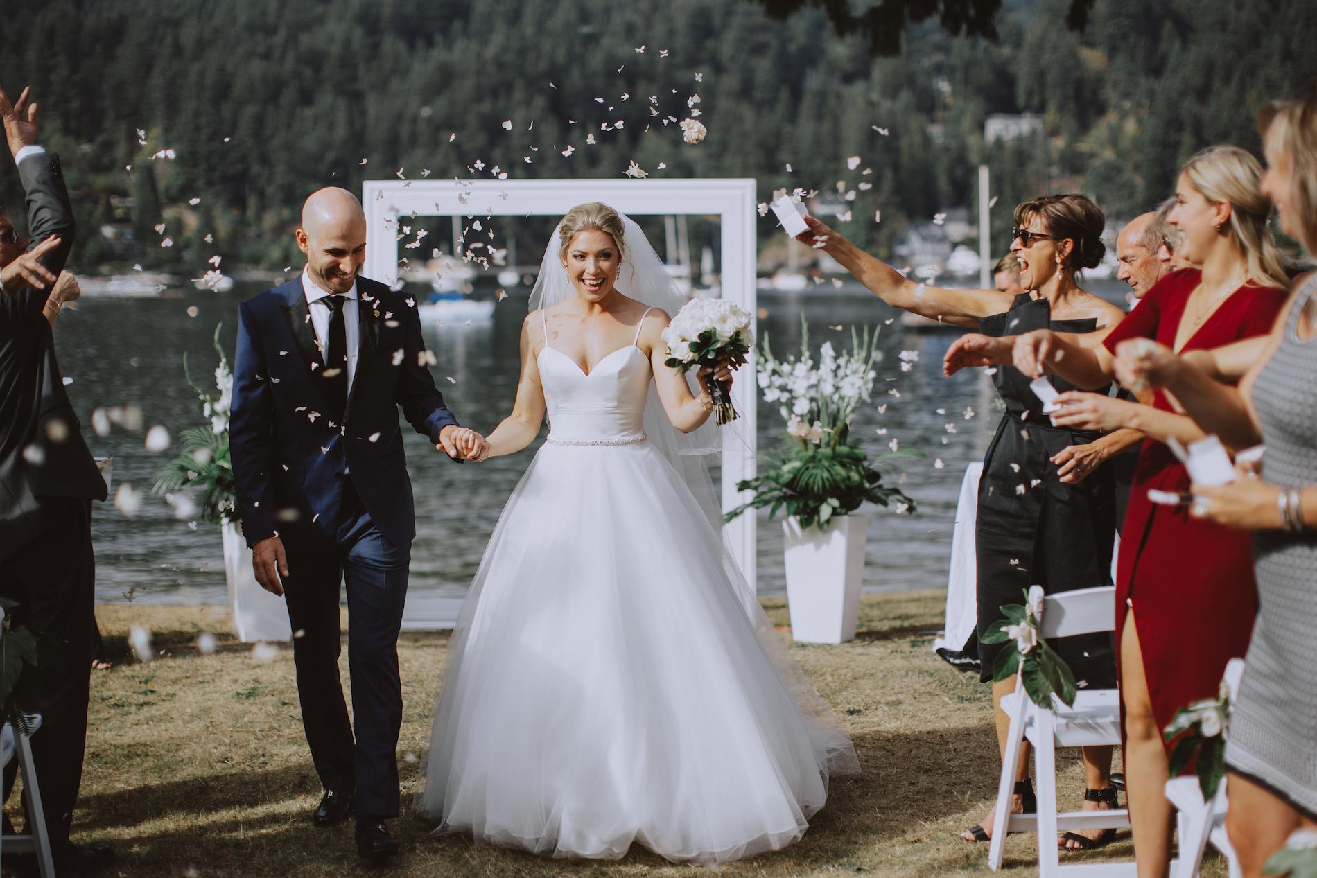 Bowen-Island-wedding-Bowen-Island-Lodge-vancouver-island-wedding-photographer-18.jpg