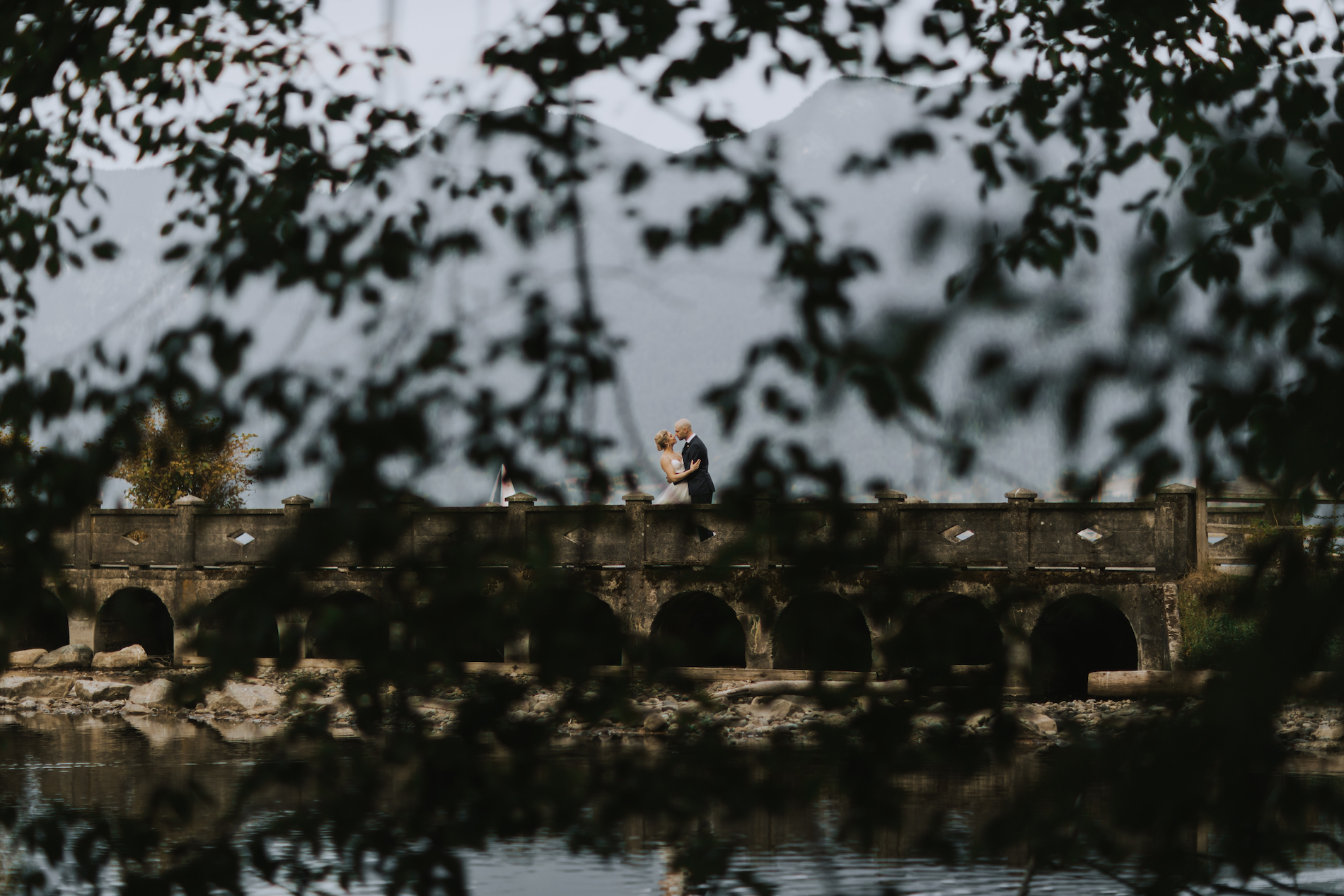 Bowen-Island-wedding-Bowen-Island-Lodge-vancouver-island-wedding-photographer-25.jpg