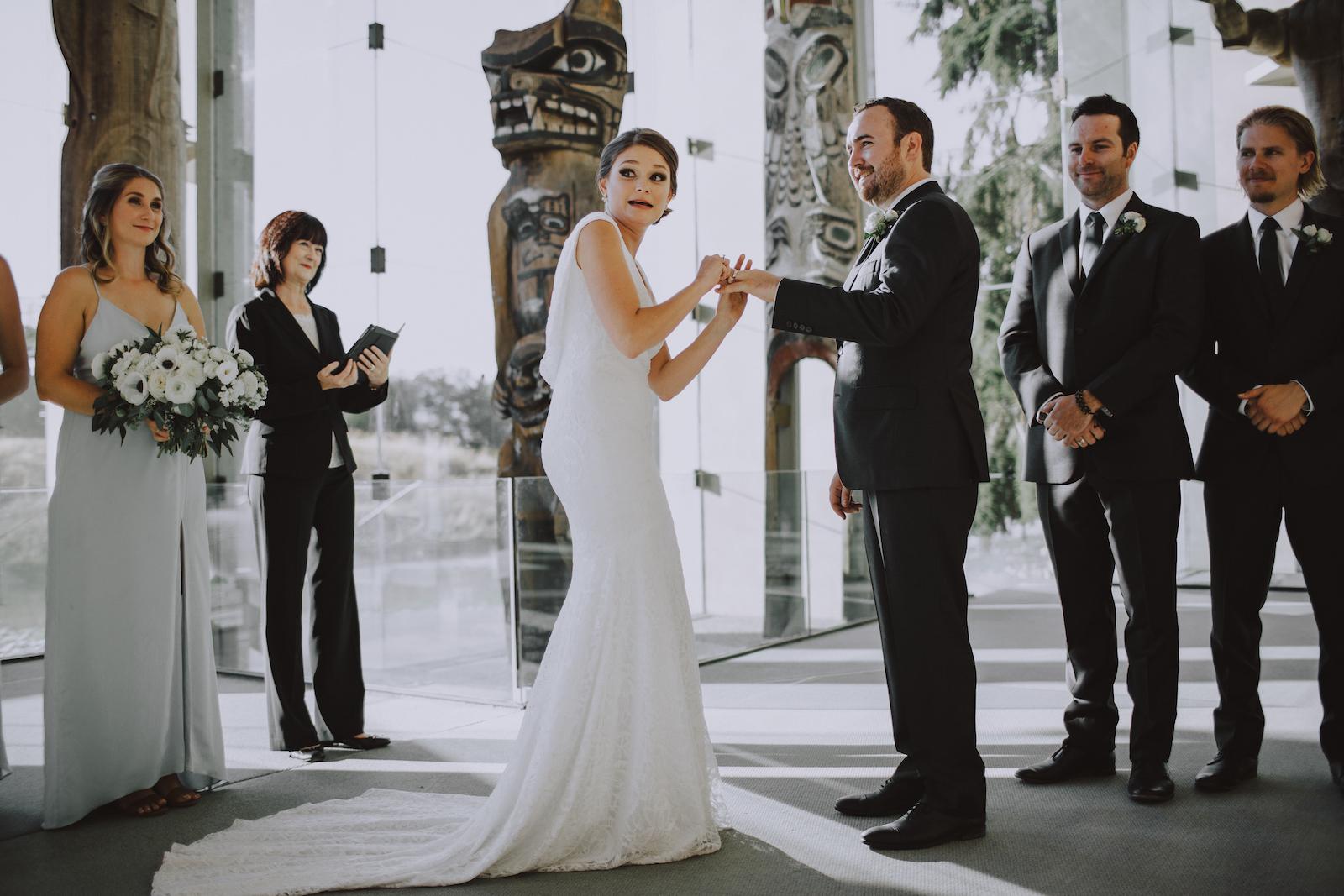 Museum-of-Anthropology-at-UBC-wedding-18.jpg